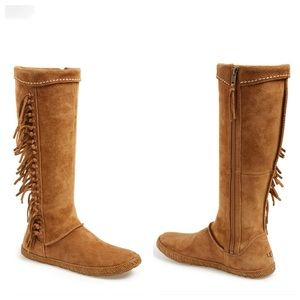UGG Mammoth Fringe Moccasin Boots Tan Leather Sz 7